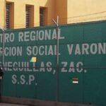 Mujer intenta burlar a policías del CERERESO de Zacatecas, al querer ingresar papel arroz.