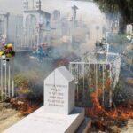 Incendio de maleza en panteón Herrera.