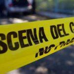 Dejan a hombre sin vida con narcomensaje junto a asta bandera: Juan Aldama, Zacatecas.