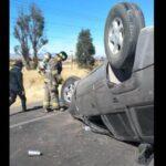 ⛔Terrible volcadura deja a dos personas heridas: Zacatecas, capital.⛔