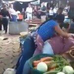 ⚠�MUJERES SE AGARRAN A GOLPES Y A VERDURAZOS POR EL AMOR DE HERMENEGILDO: CHICONTEPEC VERACRUZ.⚠�